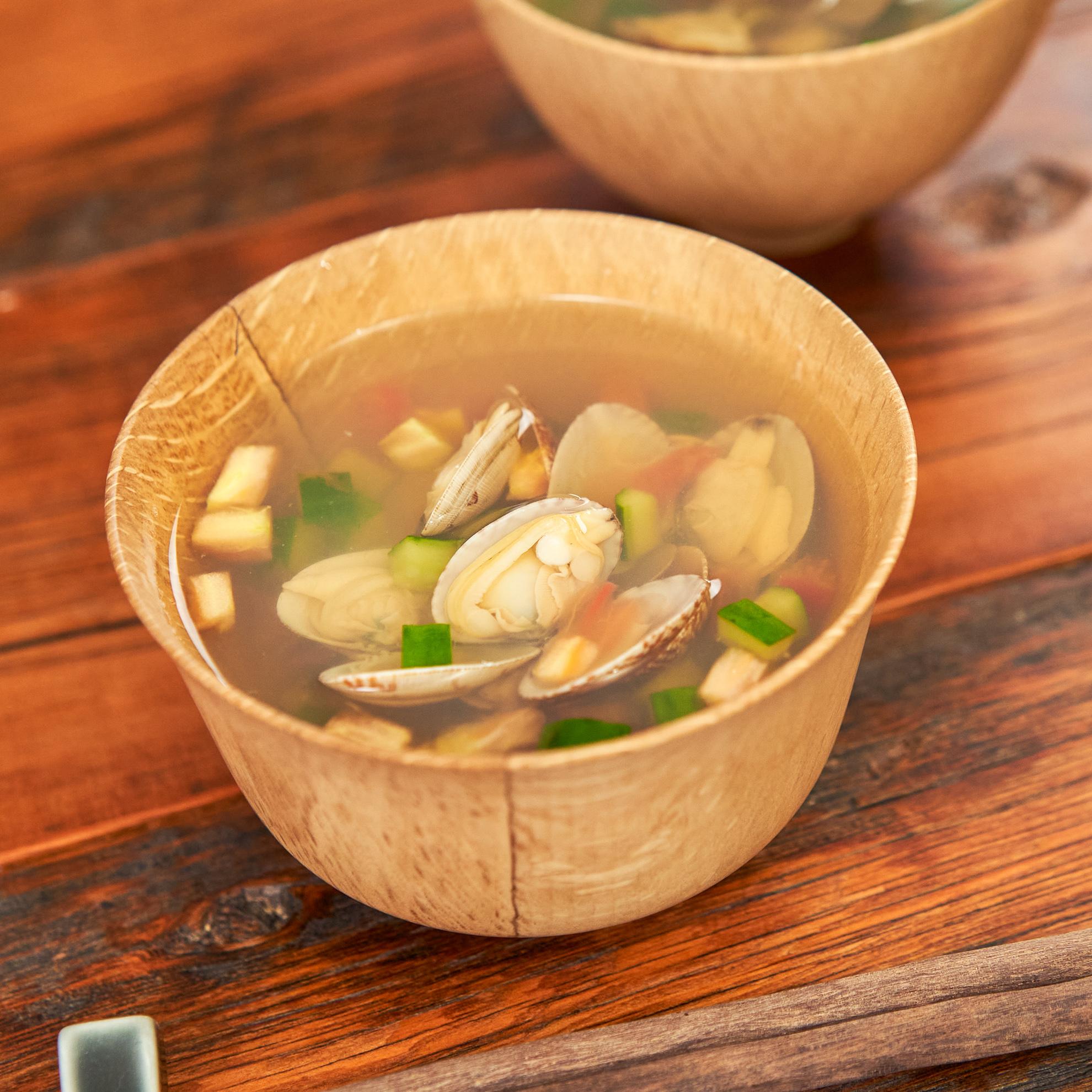 夏野菜が美味しい♪あさりのあっさりスープ