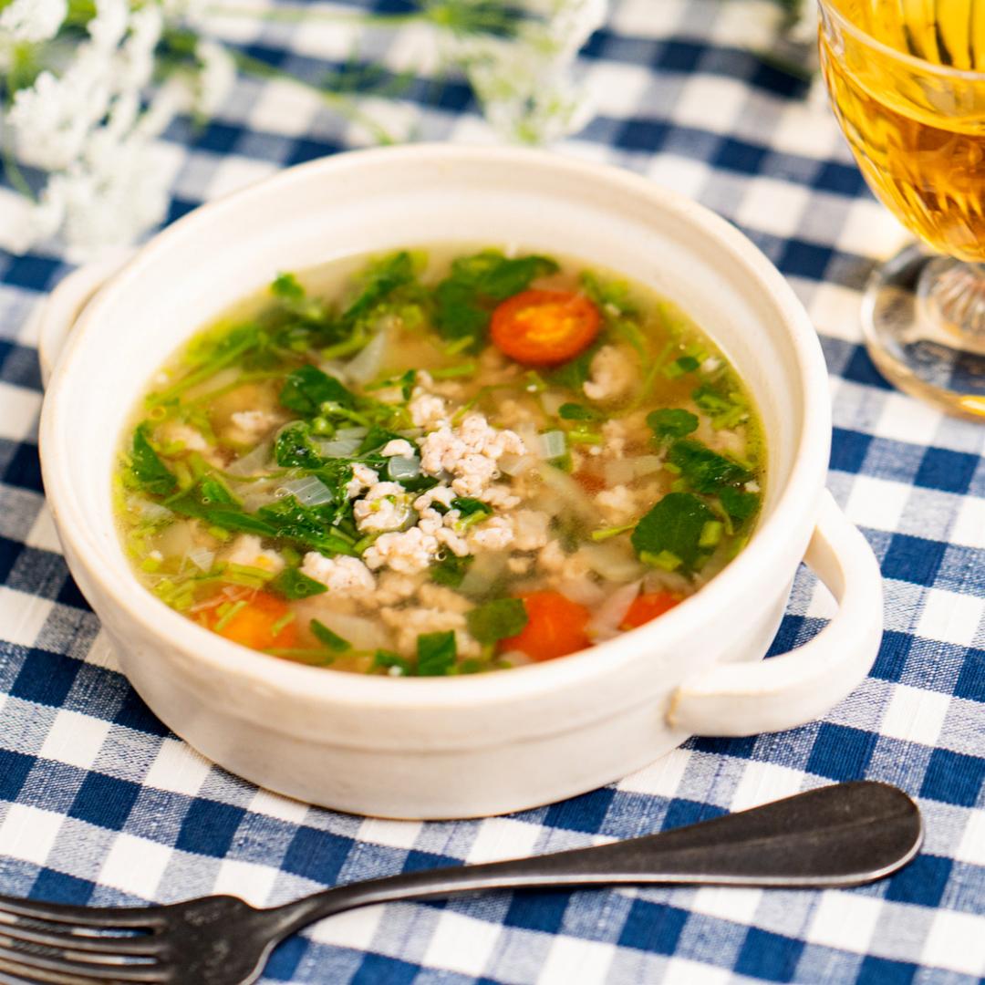 さわやかな香りの♪鶏肉とクレソンのスープ
