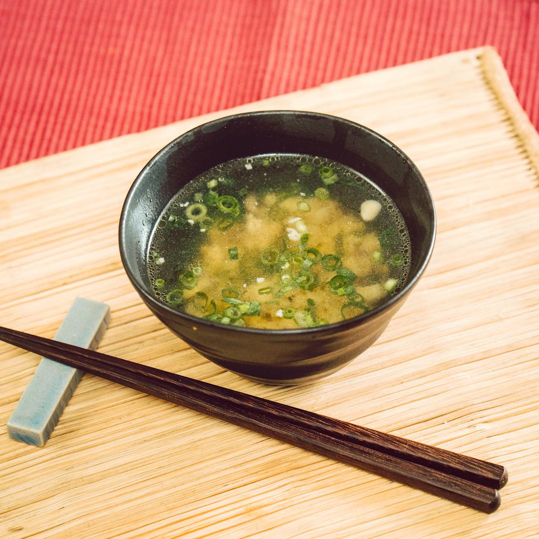 旨みたっぷり♪きのこと鶏ひき肉のスープ
