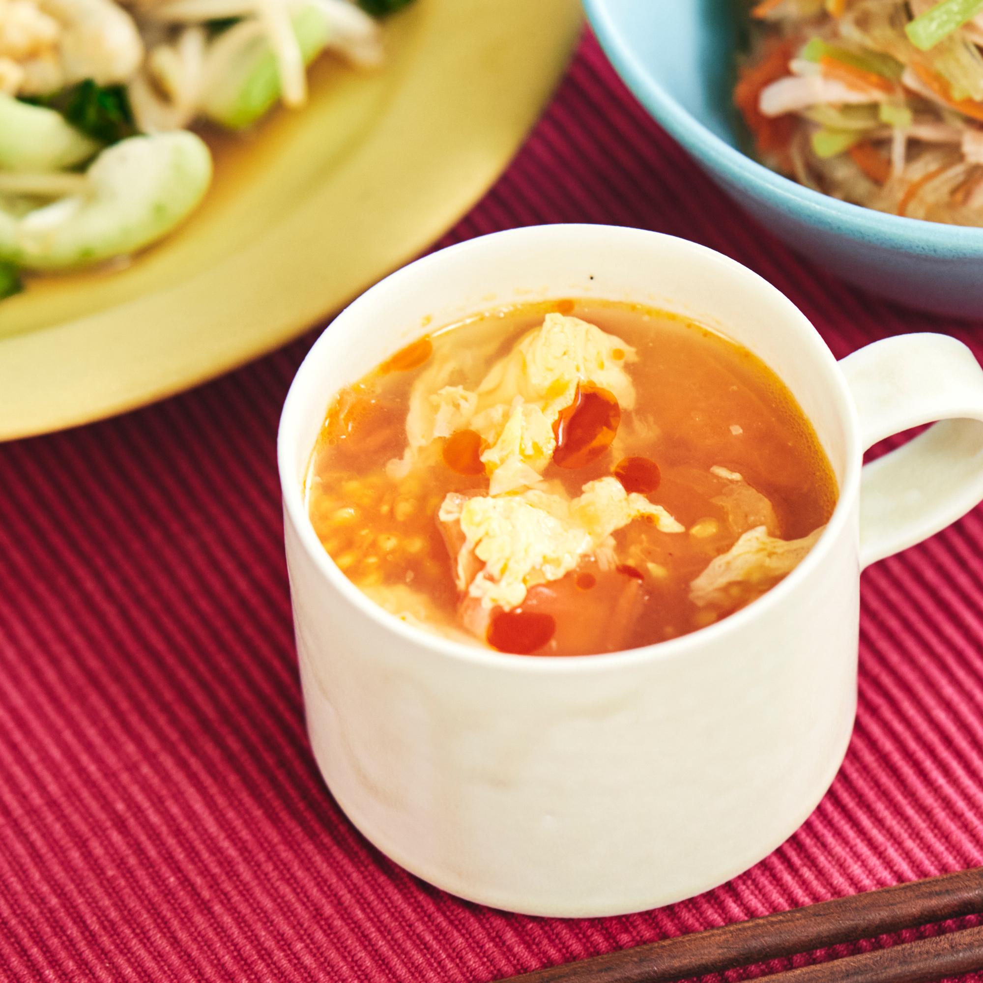 ふわふわ♪トマトと卵の中華風スープ
