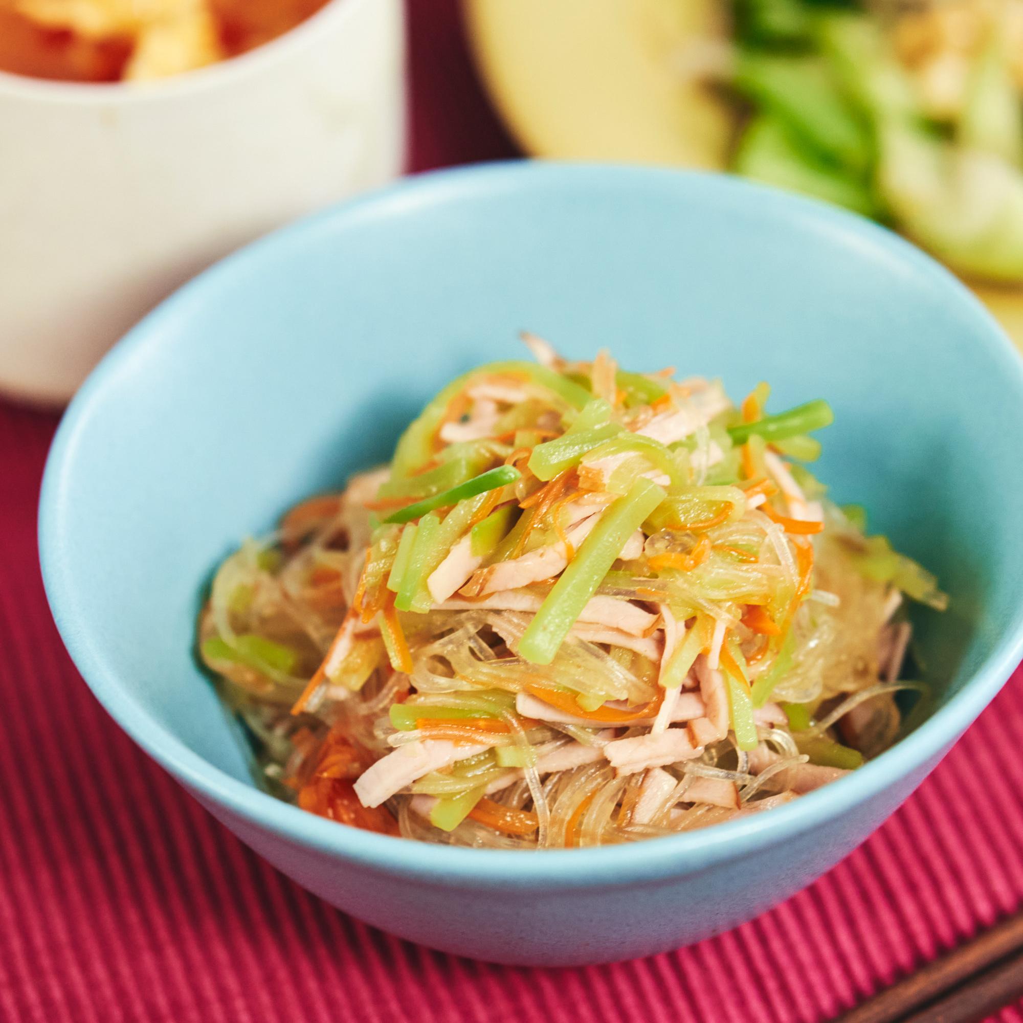 茎まで利用!ブロッコリーと春雨の中華風サラダ