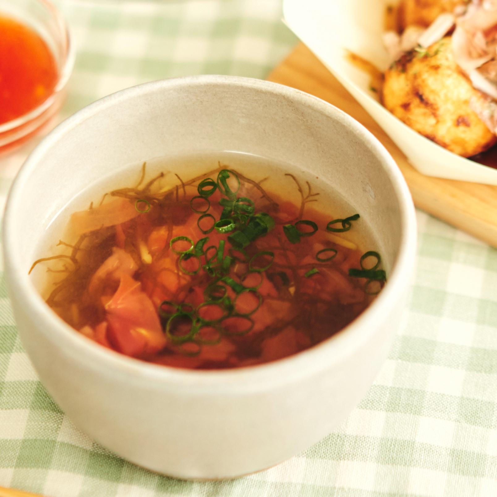 さっぱり♪もずくとトマトの冷たいスープ